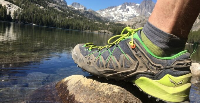 best hiking shoes 2021