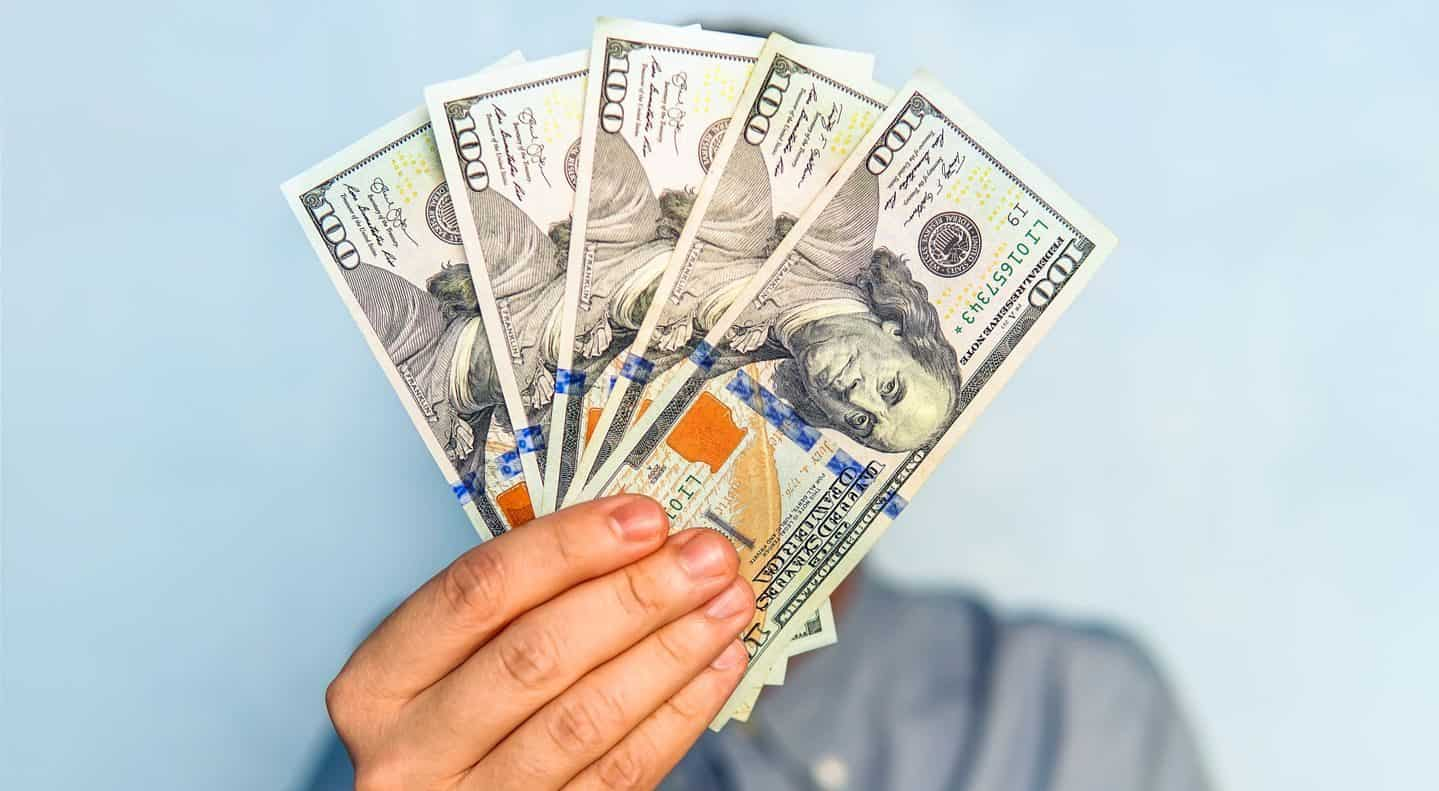 get a loan of 600 dollars easily from pdloans247.com